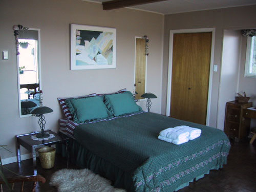 Heron Room - Copes Islander B&B Comox British Columbia